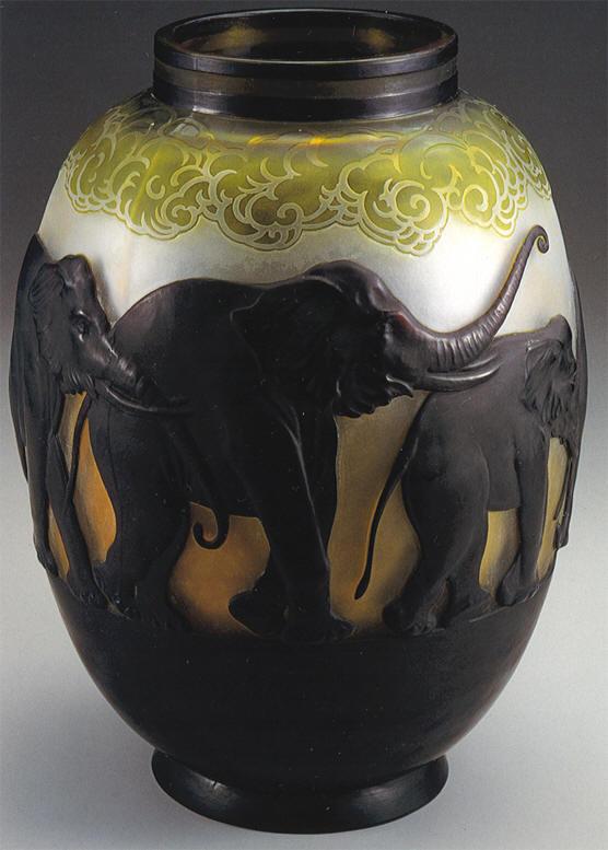 Mile gall vaso a marqueterie con elefanti 1924 1931 for Vaso galle