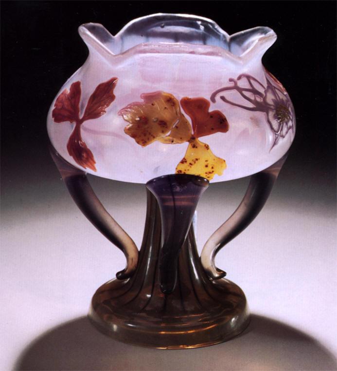 Mile gall vaso con applicazioni a decori floreali for Vaso galle